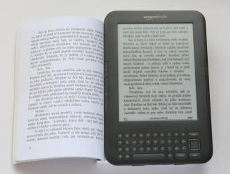 Knihy versus e-knihy ( Výhody a nevýhody )